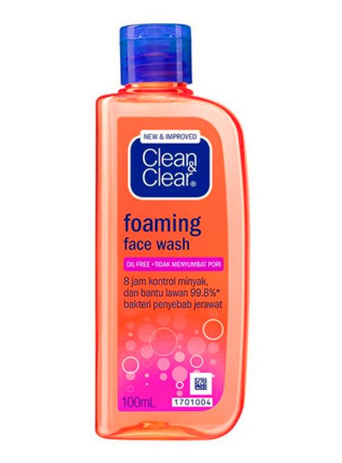Clean & Clear facial wash untuk kulit berminyak