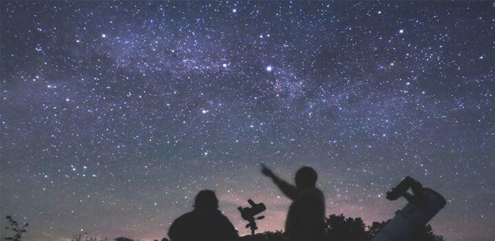Arti Mimpi Bintang 31 Tafsir Menurut Primbon Jawa dan Psikolog