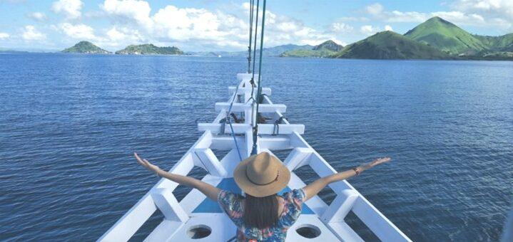 Arti Mimpi Naik Kapal 20 Tafsir Menurut Primbon Jawa dan Psikolog