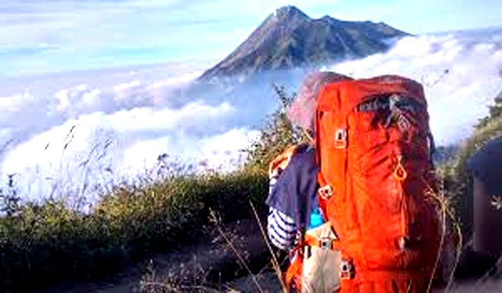 Arti Mimpi Mendaki Gunung Makna Beserta Penjelasannya