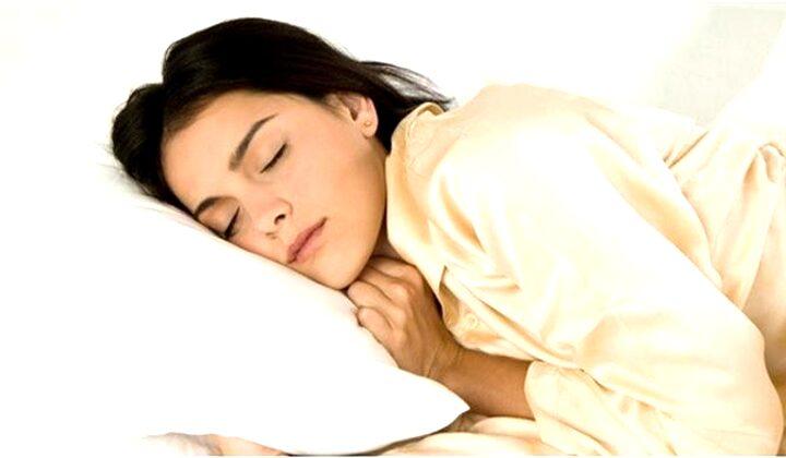 Arti Mimpi Mengintip Orang Saat Tidur