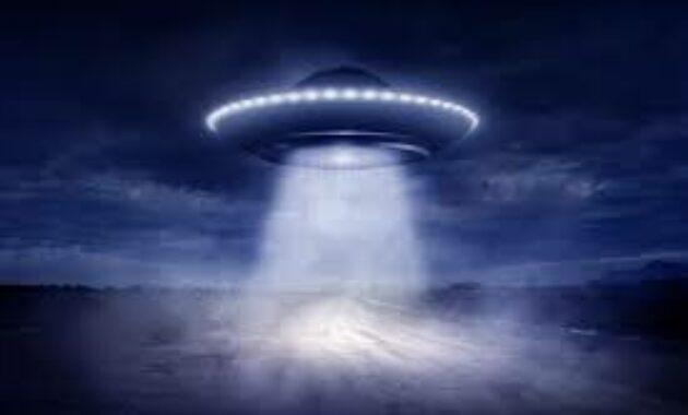 arti mimpi ufo